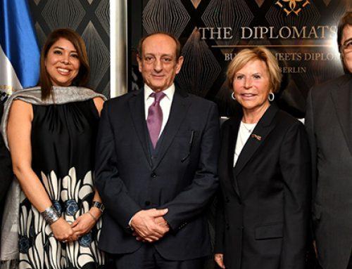 Accreditation of her Excellency Mrs. Florencia V. de von Oehsen, Ambassador of El Salvador